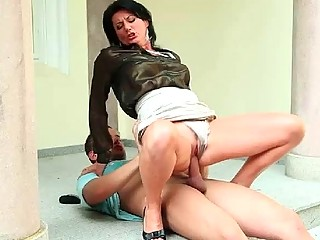 Big ass brunette babe jumps on massive fuck stick wildly