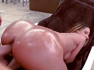 Bubble butt Jada Stevens deeply pounded