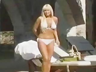 Blonde Latina Seduces Pool Boy Full Vid at - Hotmoza.com