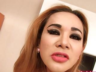 Thai Ladyboy Nattcha Fucked Bareback