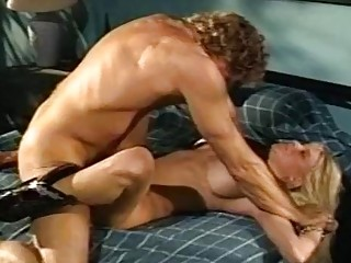 Alexandra Quinn Carolyn Monroe Savannah  in classic porn video