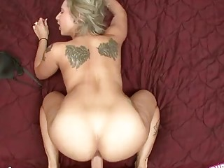 Inked amateur with a big ass sucks and rides POV